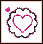 Scalloped Circle Heart Frame